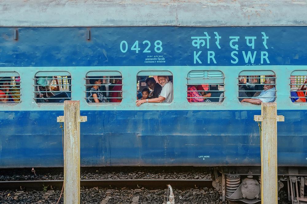 Kereta api di India yang dipenuhi penumpang pada pertengahan bulan Oktober 2019.
