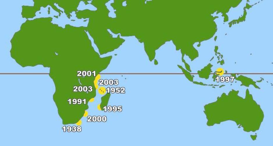 Peta dunia yang menunjukkan letak penemuan pertama ikan Coelacanth.