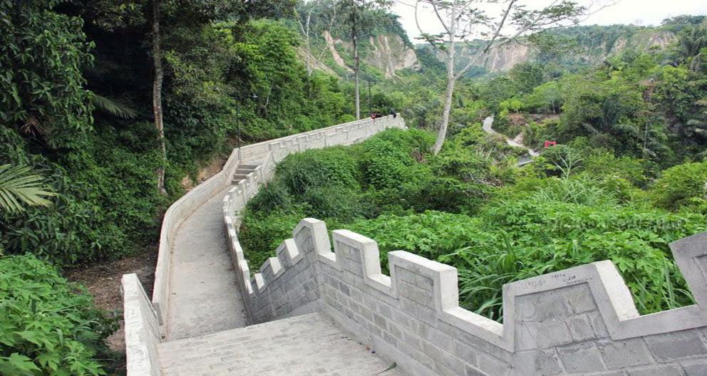 Tembok Cina di Koto Gadang