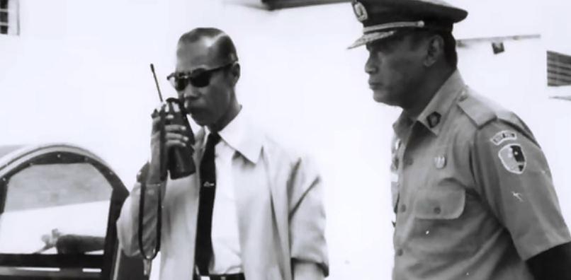 Meskipun jabatannya tinggi, Hoegeng tak segan turun langsung ke lapangan untuk melakukan investigasi.