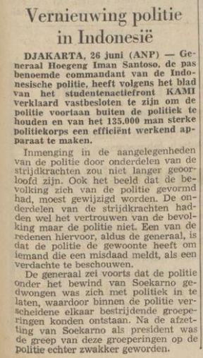 Artikel koran berbahasa Belanda tentang Hoegeng.