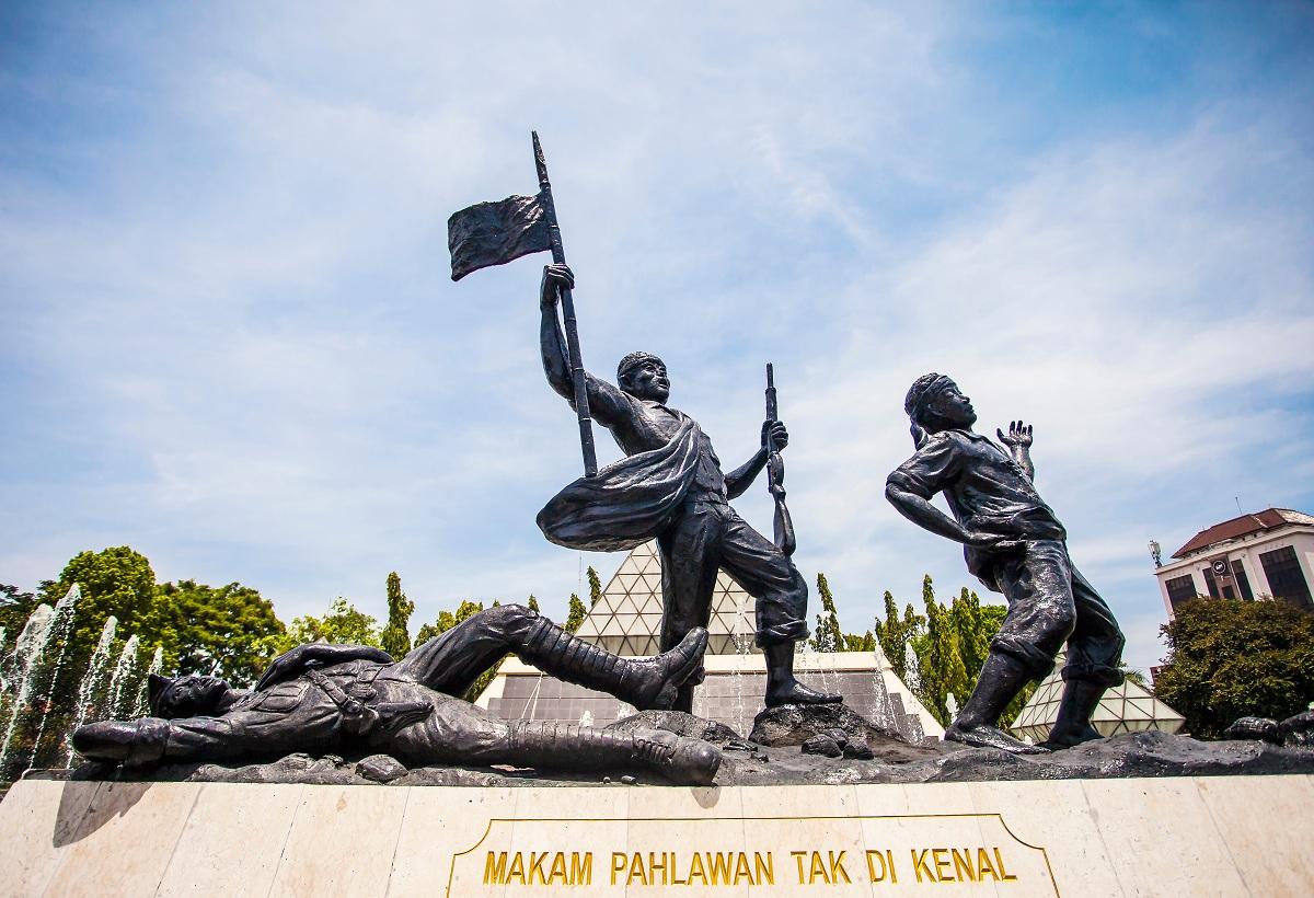 Monumen Makam Pahlawan Tak Dikenal di area Tugu Pahlawan Surabaya, Jawa Timur, pada 2018.