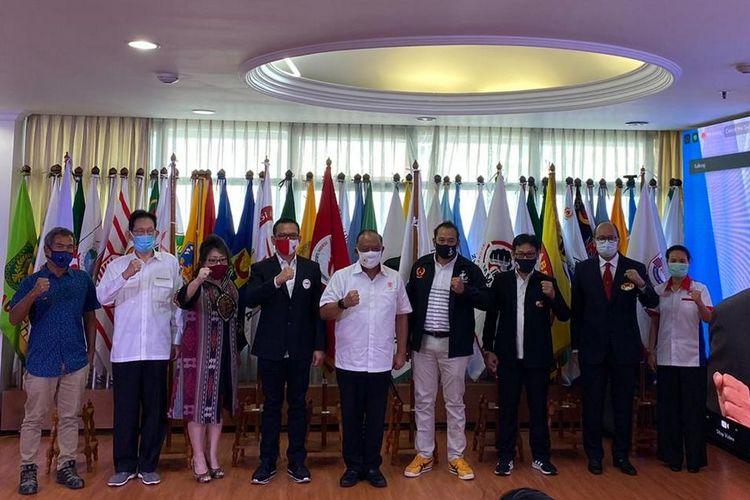 Esports mendapat pengakuan sebagai olahraga prestasi oleh Kemenpora dan KONI pada Rapat Kerja Nasional (Rakernas) KONI Pusat 2020 yang berlangsung secara virtual pada 25-27 Agustus 2020. (Pengurus Besar Esports Indonesia (PB ESI))