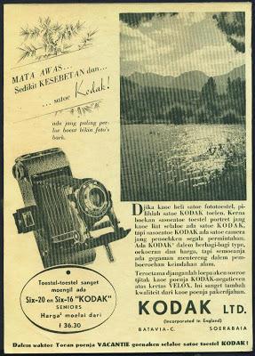 Iklan Kamera Kodak Jadul © Ejaan van Ophuysen (1901—1947) dalam Iklan Tempo Doeloe dan Kebermaknaannya dalam Pengembangan Bahasa Indonesia