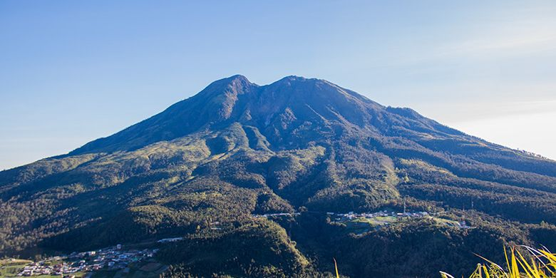 Potret Gunung Lawu di Jawa Tengah | Foto: kompas.com
