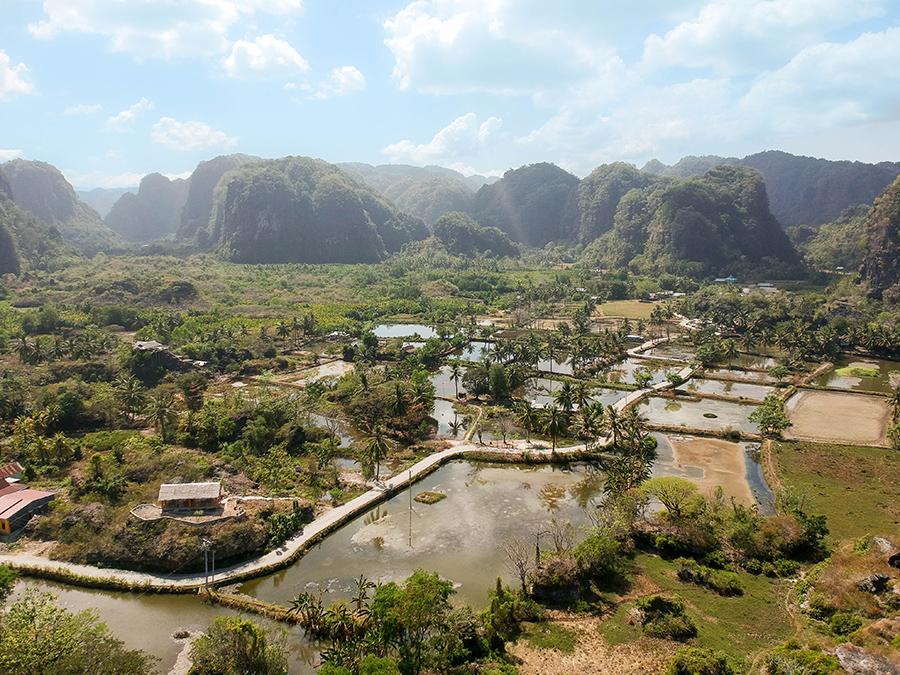 Pemandangan Kampung Berua dari udara | Foto: Lola Karlina