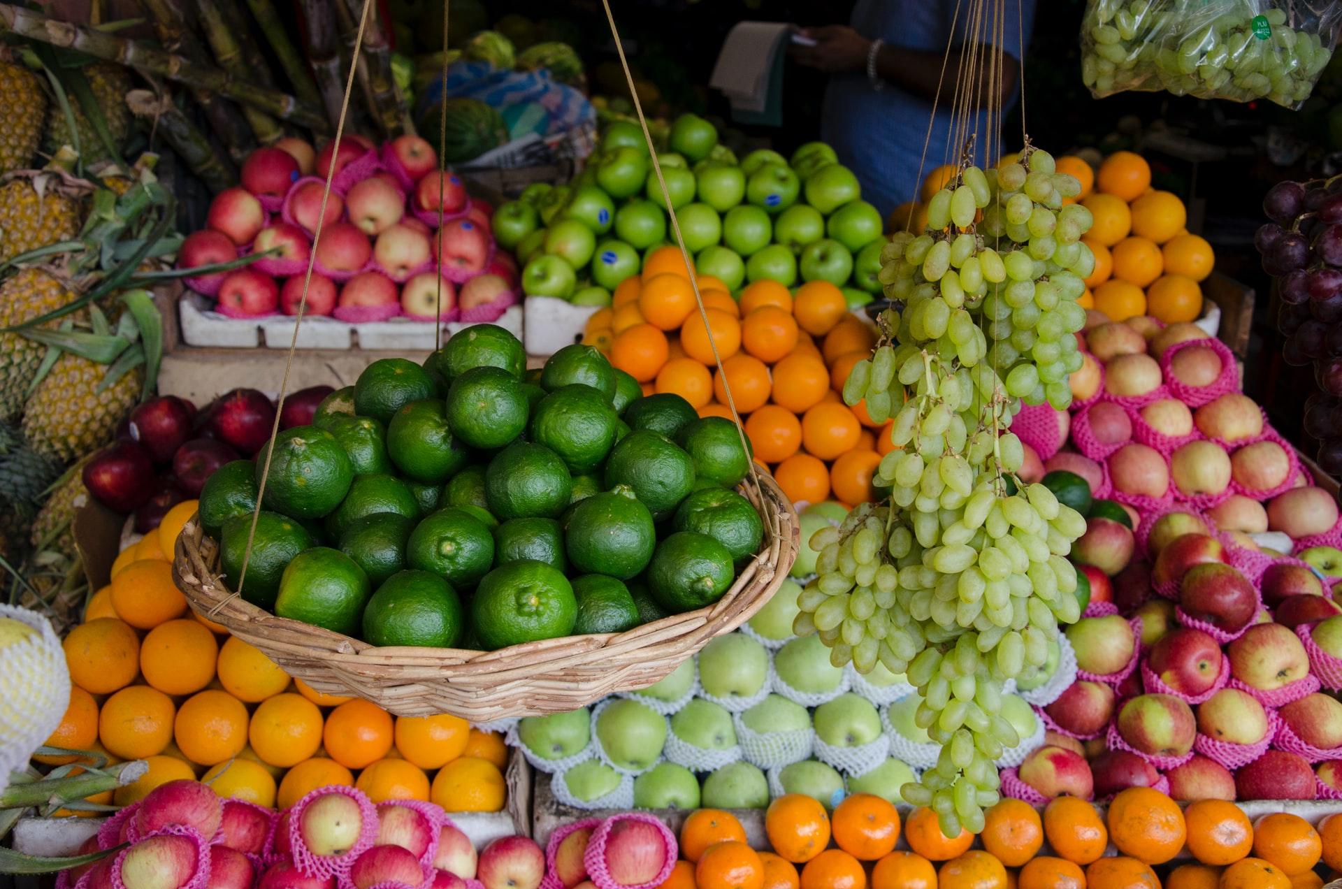 Ekspor buah-buahan Indonesia ke beberapa negara © Stefano Alemani/Unsplash