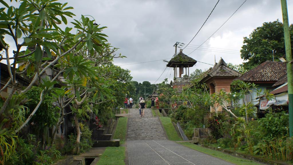 Desa Penglipuran, Kabupaten Bangli, Bali | Foto: muthebogara.blog