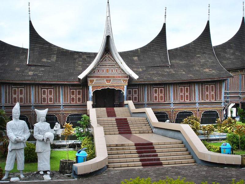 Museum Adityawarman © ttnotes.com