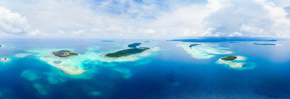 Gugusan pulau di kepualauan banyak