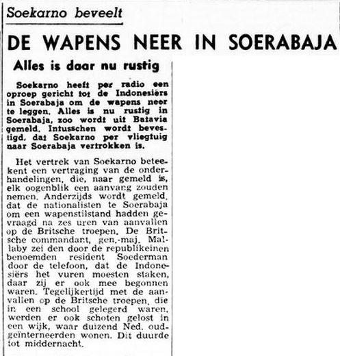Presiden Sukarno menenangkan arek-arek Surabaya yang terlibat peperangan dengan tentara Inggris. Sumber: