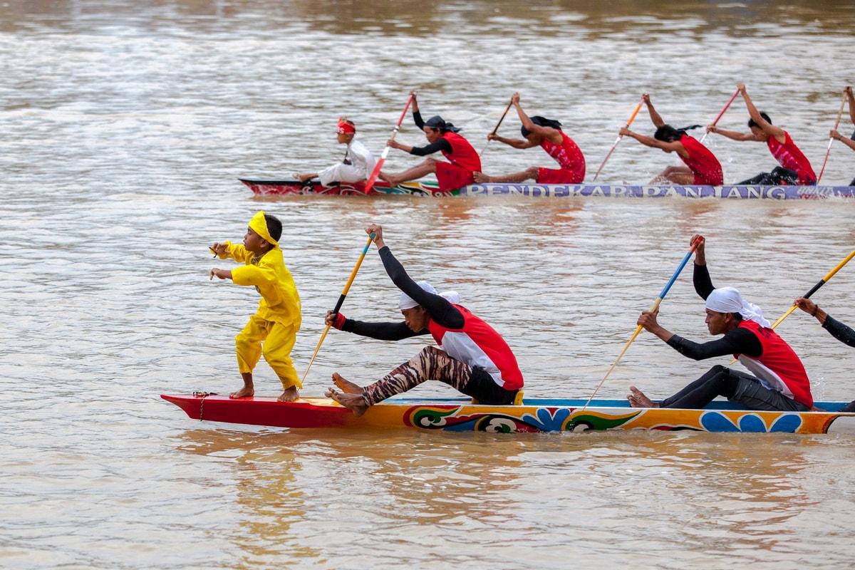 Olahraga Pacu Jalur © indonesia.travel