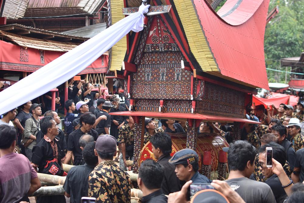 Tradisi Rambu Solo di Toraja © Shutterstock/Azwara