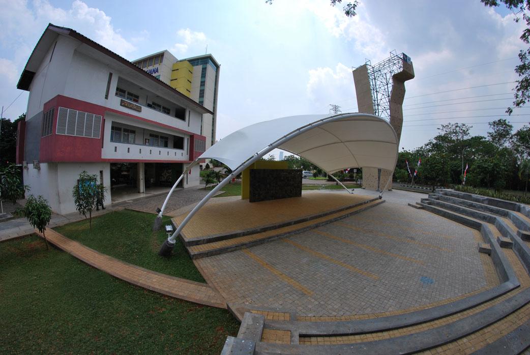 Gedung kegiatan mahasiswa Universitas Mercu Buana
