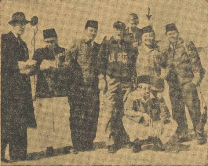 Penyiar Radio Republik Indonesia Biro Surabaya, Mahargono, menjadi penyiar laga Uni Soviet versus Indonesia dalam Olimpiade Melbourne 1956.