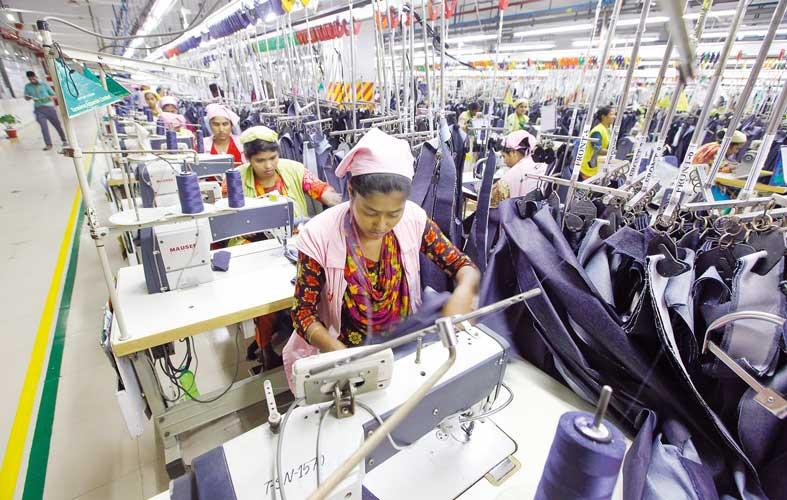 Industri raksasa Bangladesh, garmen   Dhaka Tribune