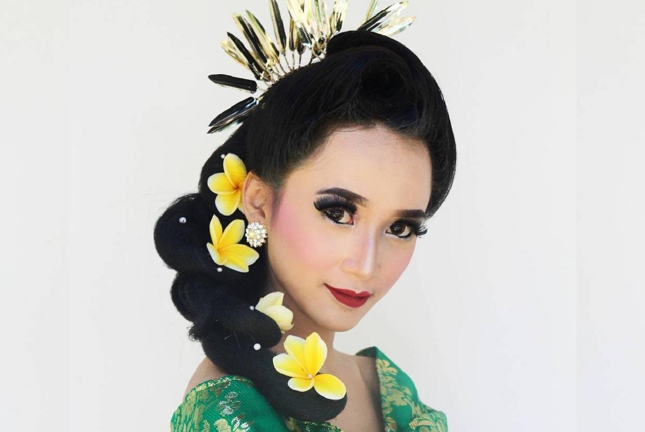 Sanggul Pusung Tagel © Beautybyarinsea