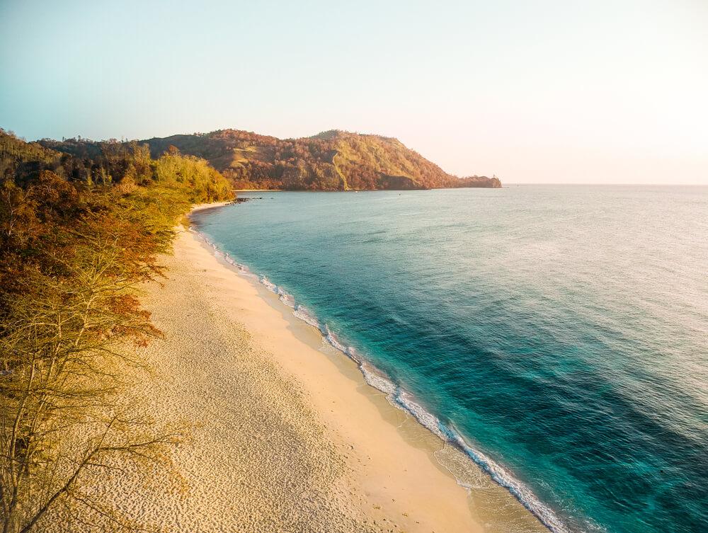 Pemandangan Pantai di Likupang
