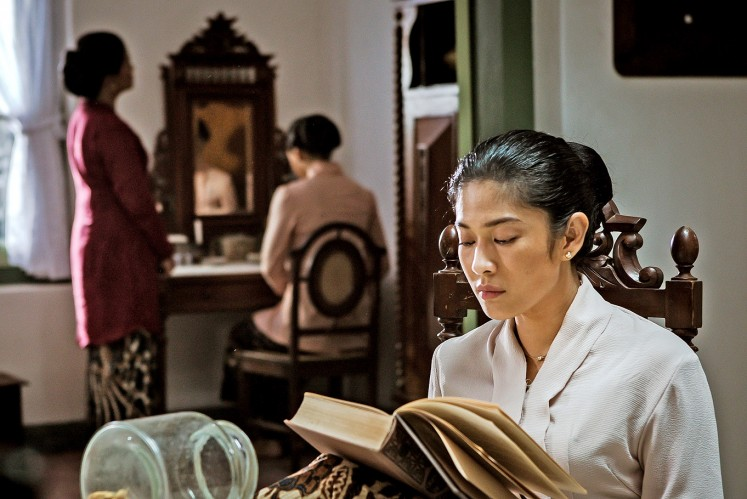 Dian Sastro dalam film Kartini © Thejakartapost.com