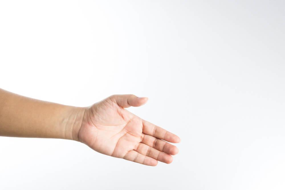 Tangan Kiri di India