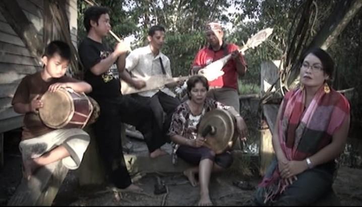 https://kebudayaan.kemdikbud.go.id/bpnbkalbar/karungut-kesenian-kalimantan-tengah/