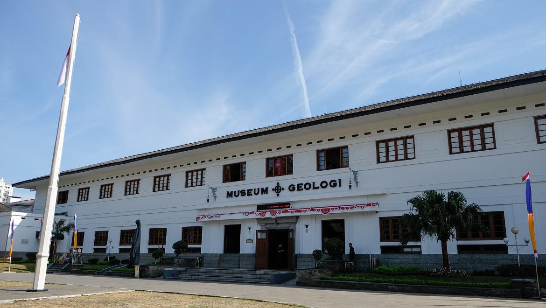 Museum Geologi.