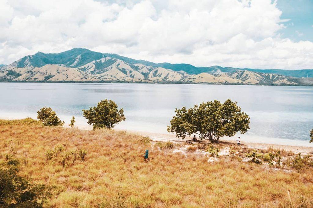 Pulau Ontoloe