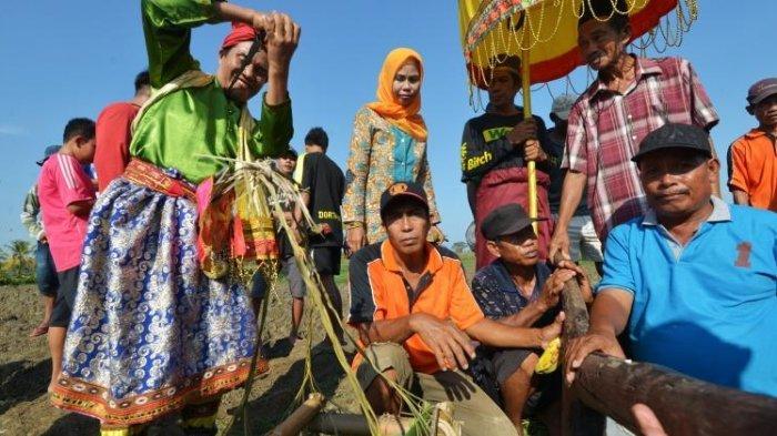 Tradisi Mappailli | Foto: Tribun Manado
