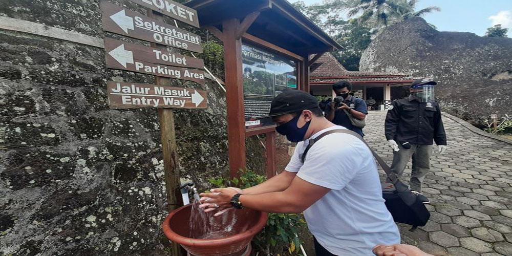 Simulasi Pembukaan Pariwisata Gunung Api Purba Nglanggeran, Gunungkidul, Yogyakarta di Masa Pandemi | Foto: Markus Yuwono/Kompas.com