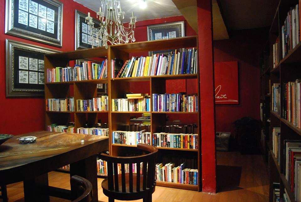 Radio Buku Perpustakaan Mini Newseum Indonesia