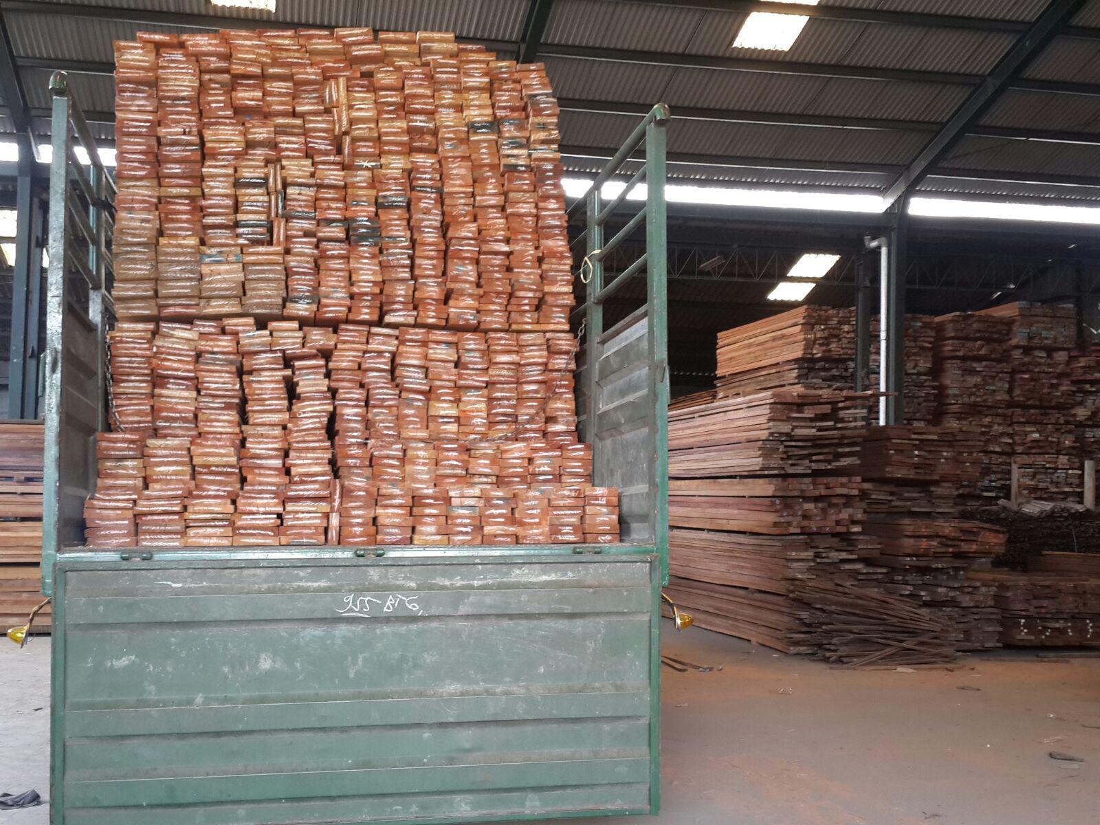 Olahan kayu, salah satu komditi unggulan Pontianak © Pontianakpost