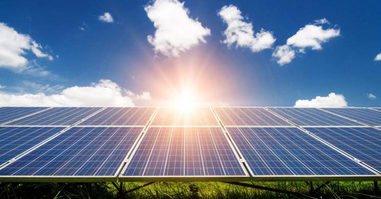 Solar PV   Sumber: Interesting Engineering