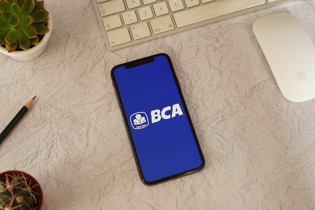 Mengusung konsep branchless banking, semua layanan BCA Digital nantinya bisa diakses dalam satu aplikasi. Pada tahap awal BCA akan berfokus pada produk pembayaran (payment). © Sulastri/Shutterstock