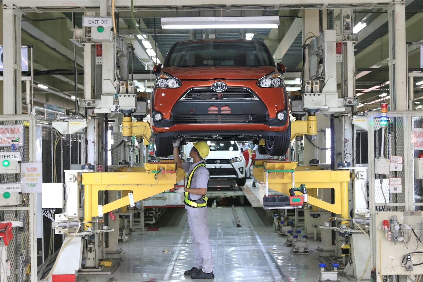 Produksi Toyota All New Sienta Rolls-Out di pabrik Karawang