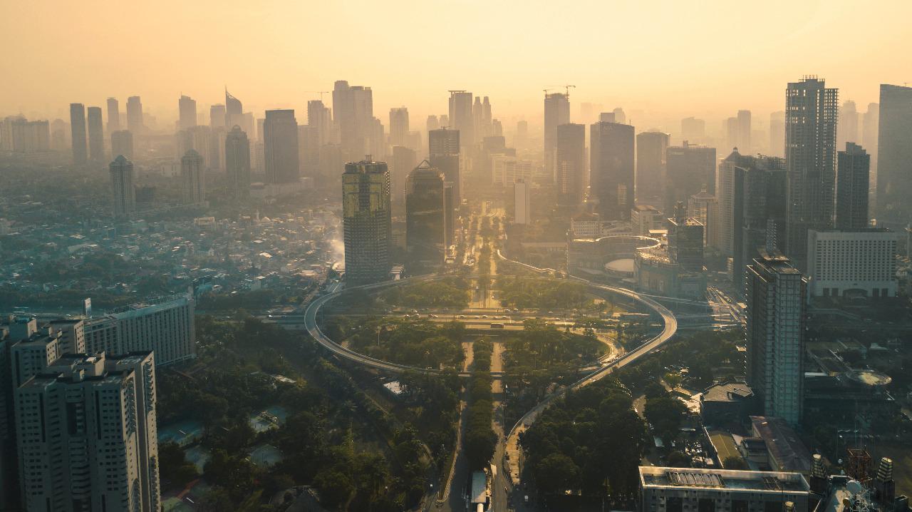 Jawa, merupakan pulau tempat dimana ibu kota Indonesia (Jakarta) berdiri. © Creativa Image/Shutterstock