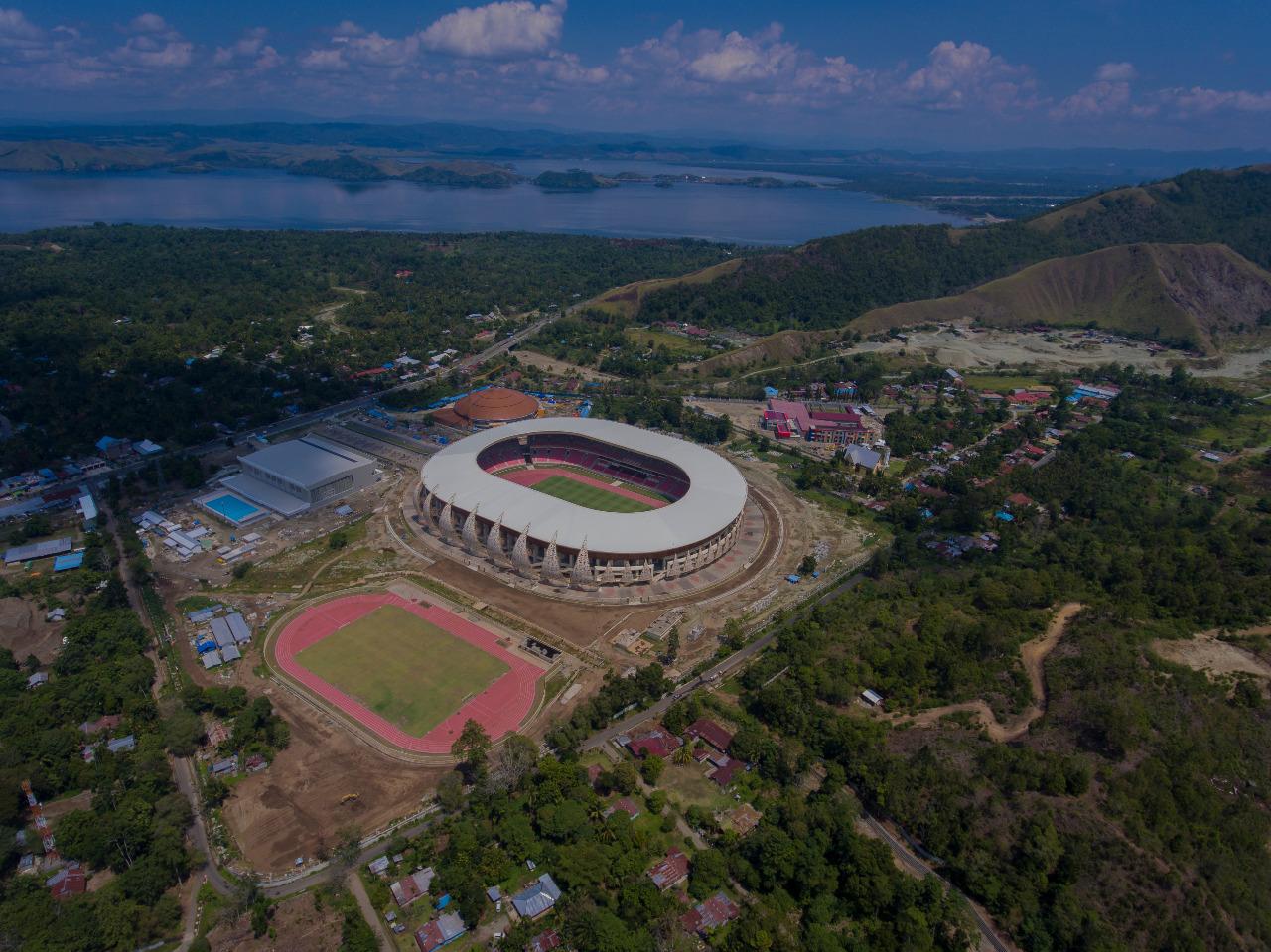 Stadiun Papua Bangkit (SPB) di Papua, Indonesia. Salah satu venue untuk Pekan Olahraga Nasional (PON) XX © Kasif R/Shutterstock