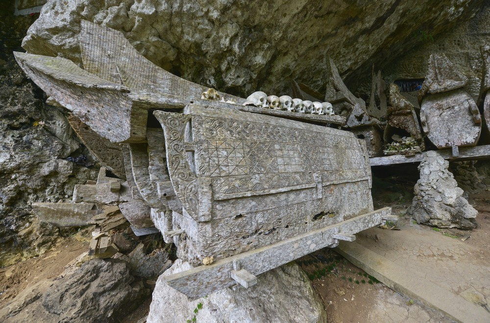 Kuburan di Toraja | @Oscar Espinosa Shutterstock