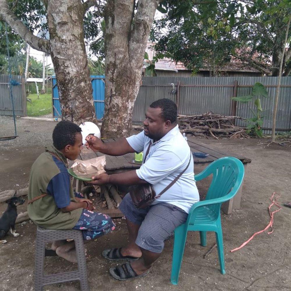 Amos Yeninar, pemilik Yayasan Siloam Papua