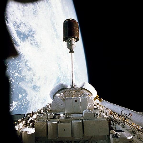 Visual satelit Palapa B1