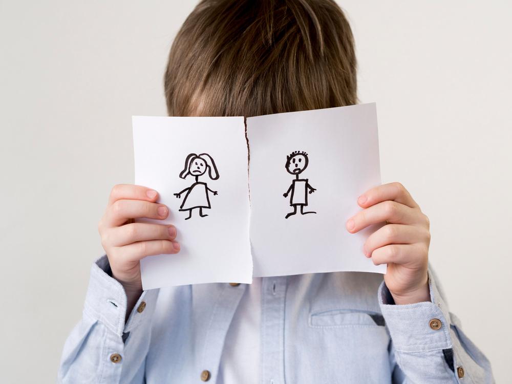 Dampak perceraian pada anak   @FREEPIK2 Shuttersttock
