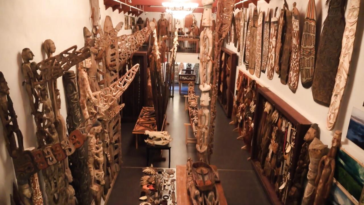 Koleksi barang daerah Papua di Museum Papua Jerman