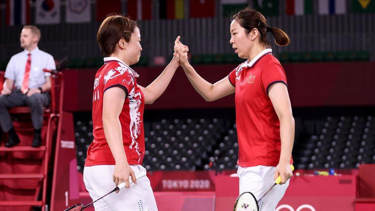 Pasangan China, Chen Qing Chen/Jia Yifan akan menjadi lawan Greysia/Apriyani di babak final ganda putri Olimpiade Tokyo 2020   Foto: Getty Image