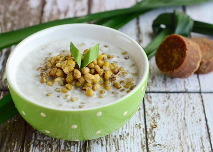 Bubur kacang ijo  Foto: Kitchen of Indonesia