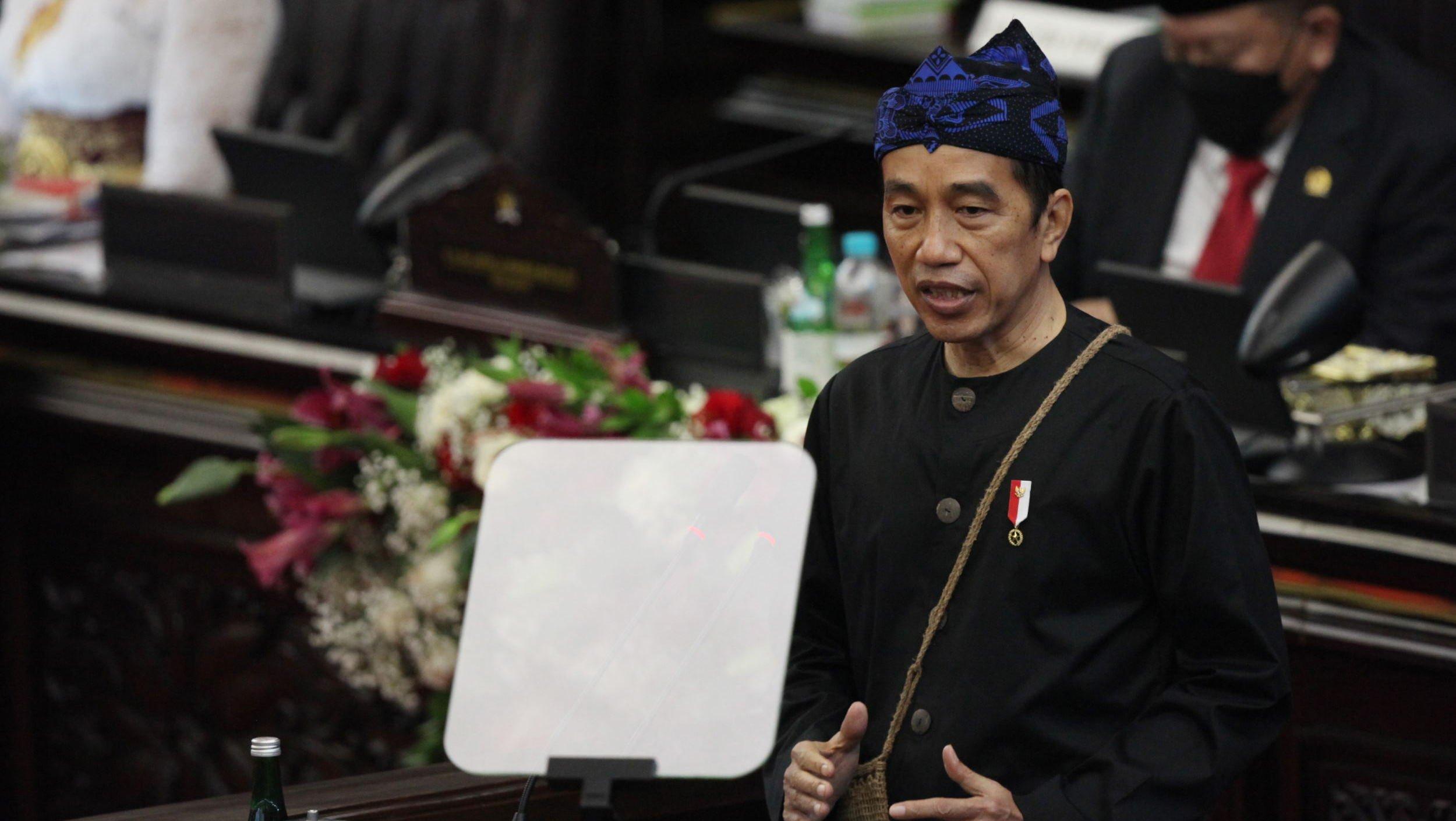 Presiden Jokowi saat menyampaikan pidato RUU APBN 2022