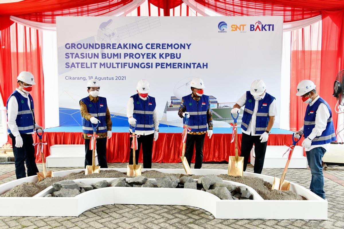 Groundbreaking fasilitas Satelit Satria-1 di Cikarang