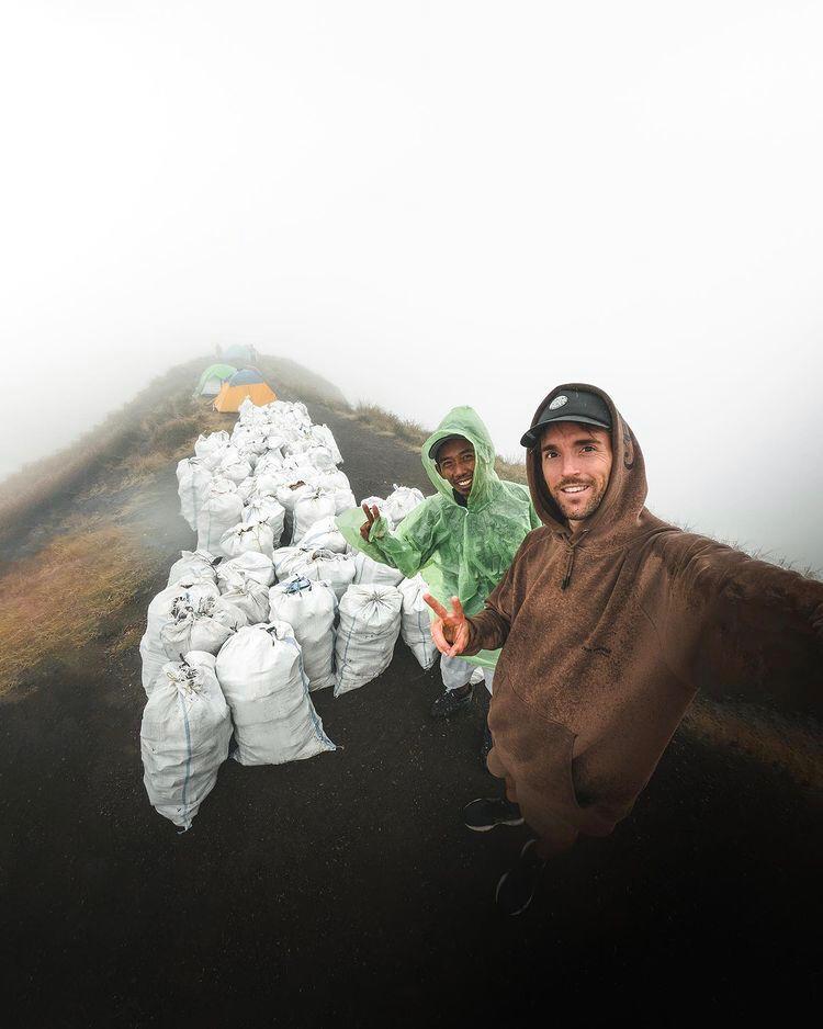 Benjamin Ortega, pria asal Prancis yang bersih-bersih sampah di Gunung Rinjani   Instagram @benjaminortega