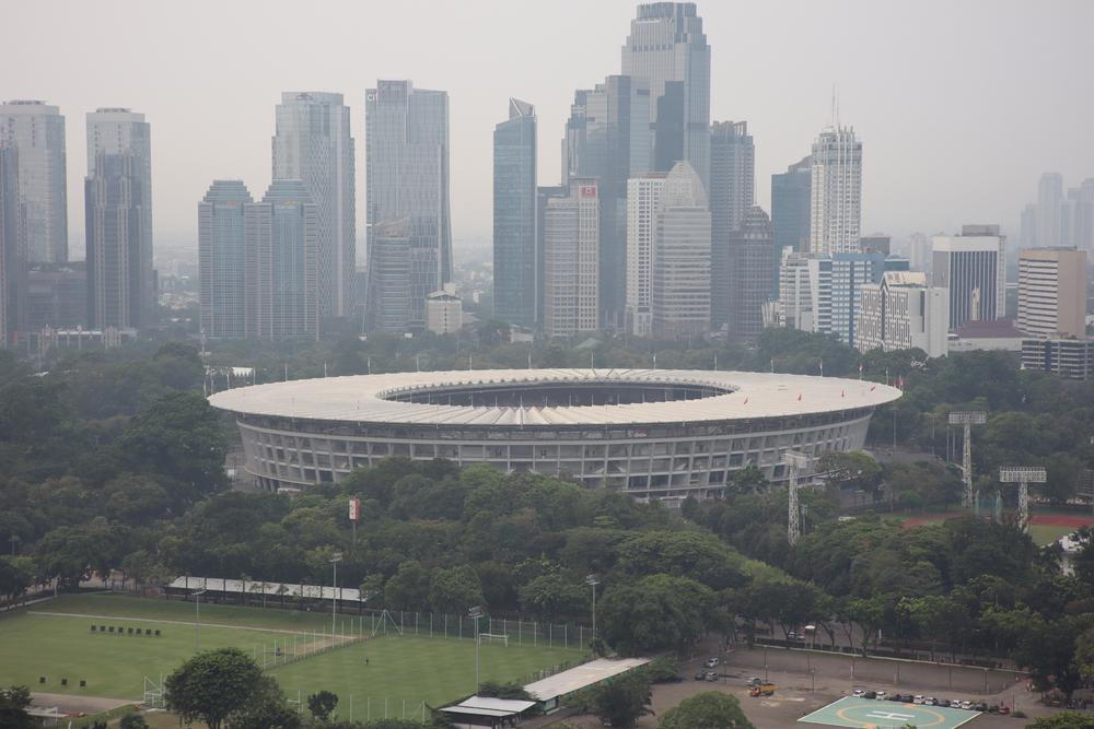 Jakarta yang ditutupi kabut polusi