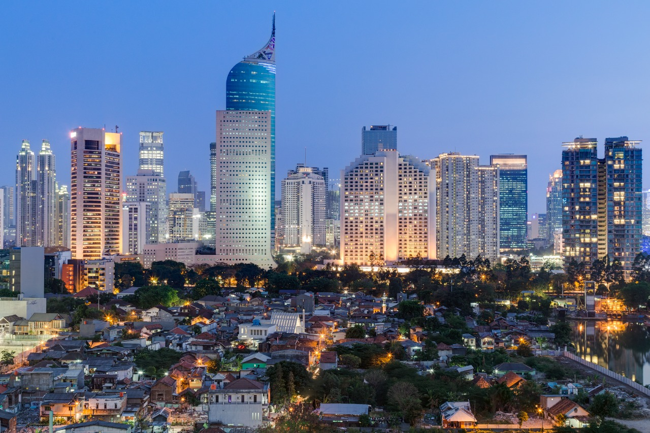 Pemandangan kota Jakarta saat petang | Shutterstock/amadeustx