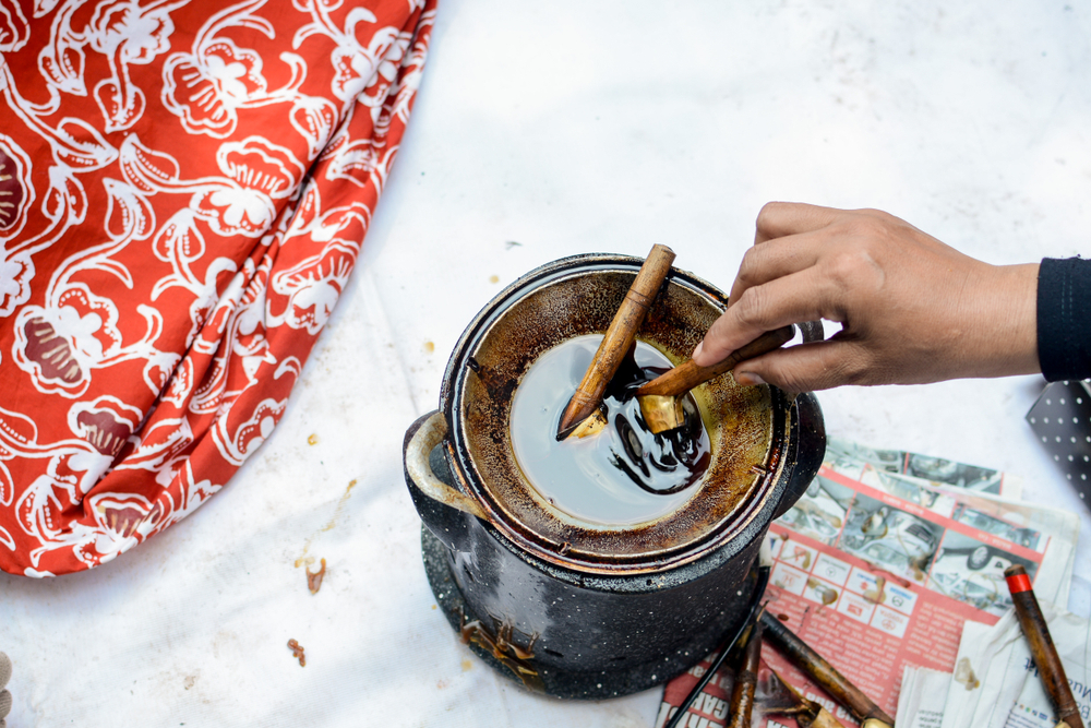Batik | @andre tegar Shutterstock