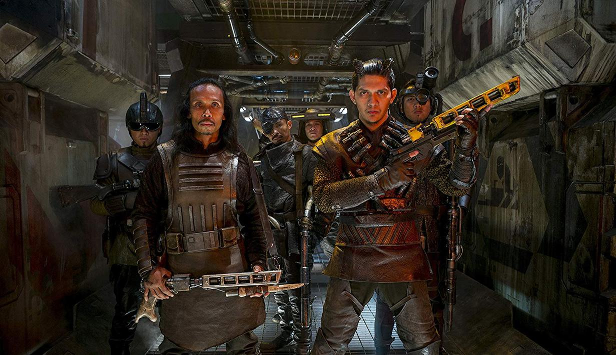 Yayan Ruhian dan Iko Uwais di Film Star Wars